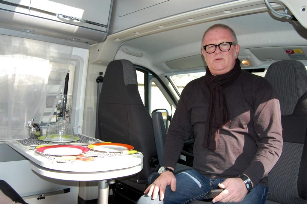 Lothar Schmidt, Verkaufsberater